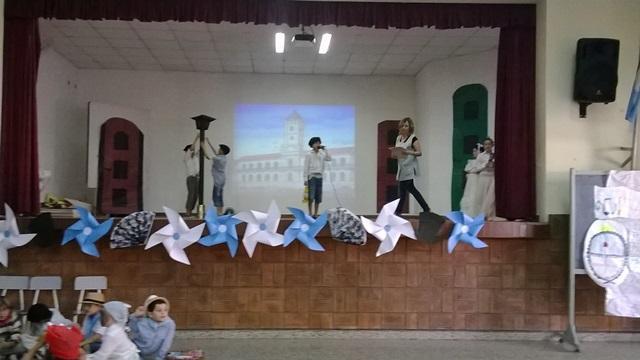 Escuela n 359 manuel belgrano ltimas novedades for Decoracion 25 de mayo nivel inicial